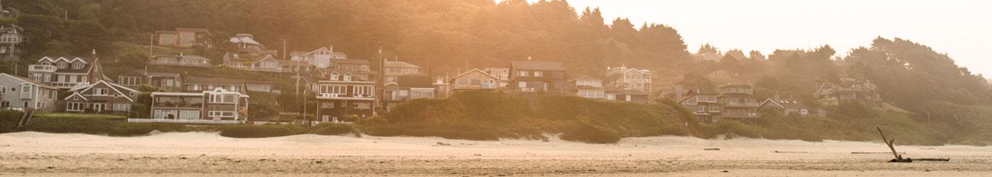 homes along the beach